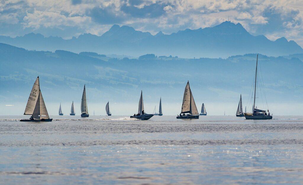 Foto von vielen Segelbooten